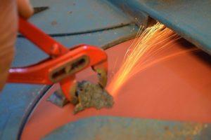 Aufbereitung: Metall schleifen